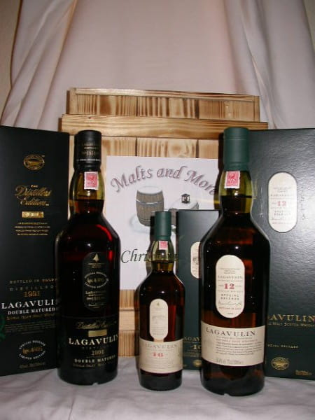 Lagavulin Christmas Box - The Triple