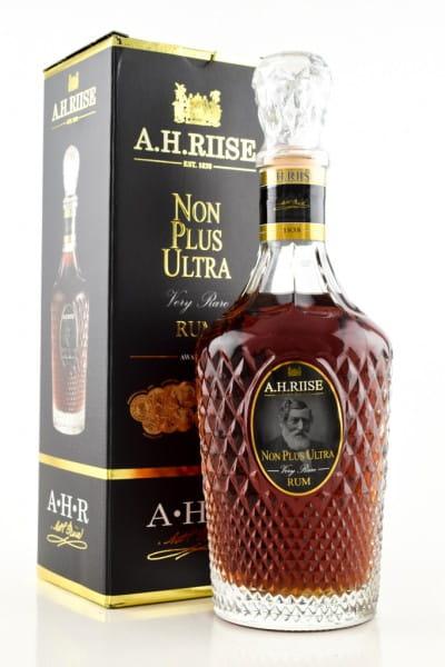 A.H. Riise Non Plus Ultra 42%vol. 0,7l
