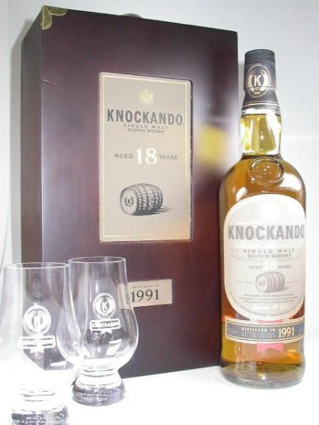 Knockando 18 Jahre 1991 Holzkiste mit 2 Gläsern 43%vol. 0,7l