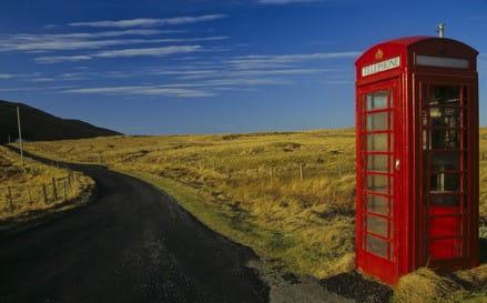 Telefonzelle in der Einsamkeit 90 x 60 cm auf Leinwand
