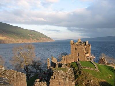 Urquhart Castle am Loch Ness 90 x 60 cm auf Leinwand